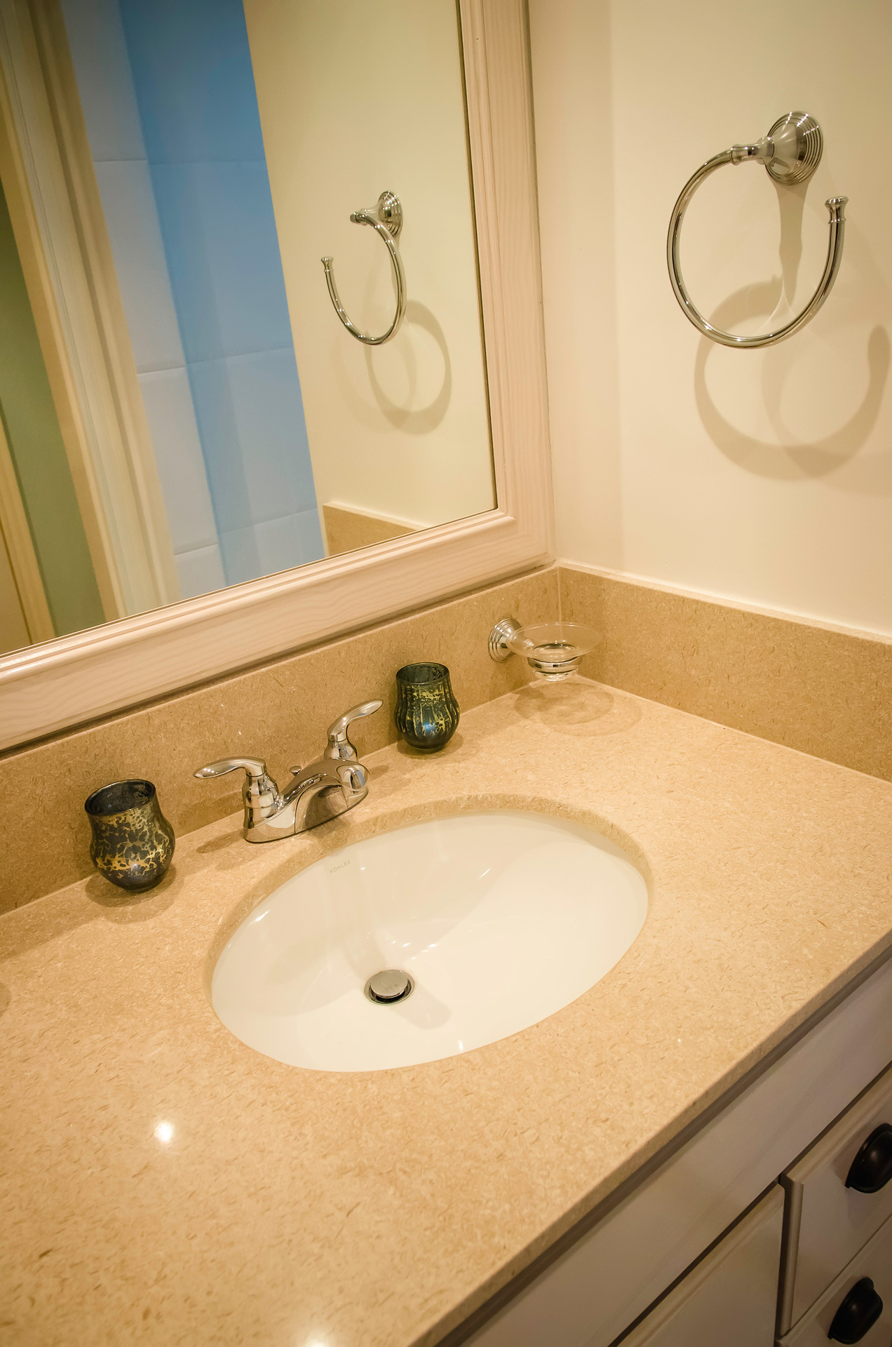 Baywalk Living - Guest Bathroom