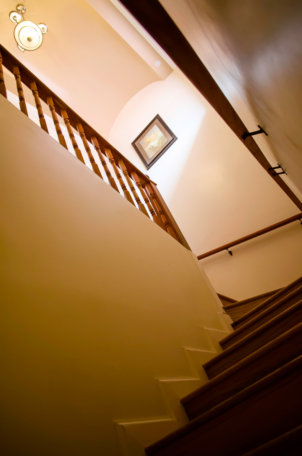 Baywalk Living - Stairs to Master Bedroom